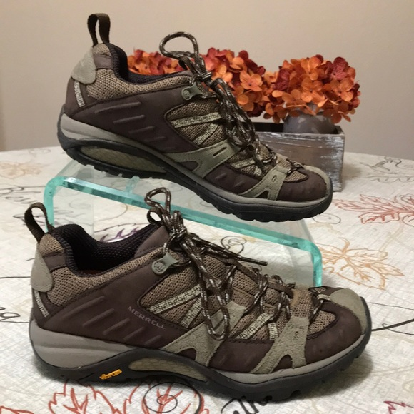 a79cfb2a Merrell Leather Hiking Shoes Vibram Size 7